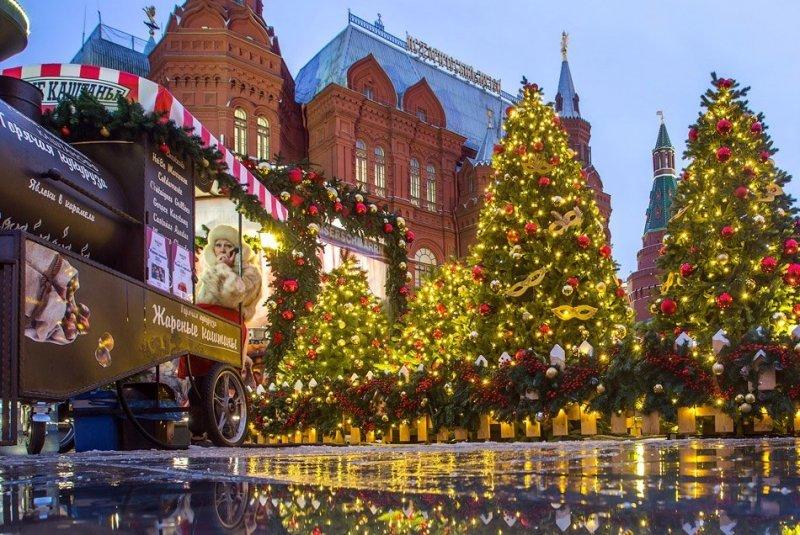 Прогулка по центру новогодней Москвы