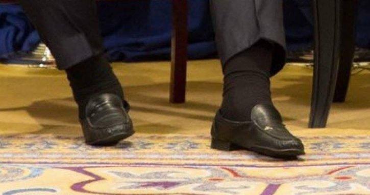 """Скоро сдохнет"": Признак скорой смерти Порошенко обнаружен на фото встречи с Трампом"