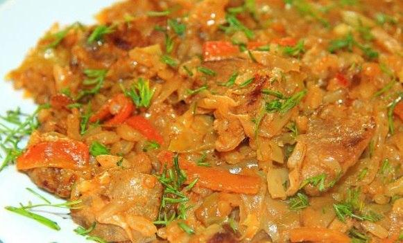 Тушеная капуста с мясом и рисом вместо голубцов