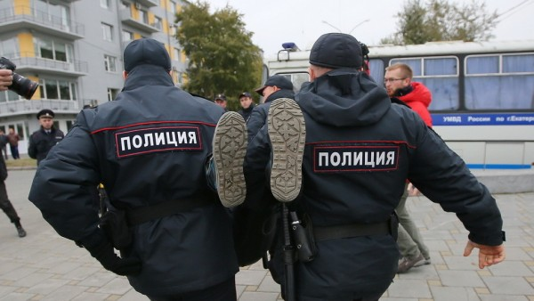 В Севастополе задержали груп…