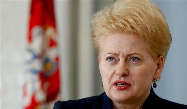 СМИ: президент Литвы незнает ожизни эмигрировавших соотечественников