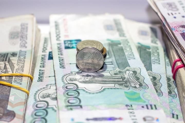 Зарплата в России выросла самыми высокими темпами за 5 лет