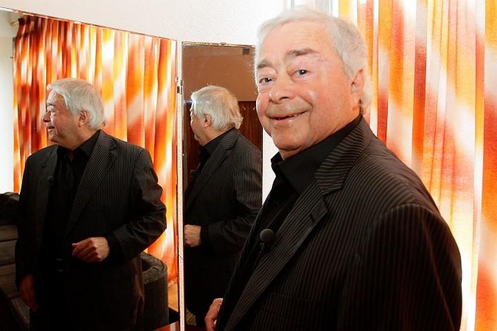 Умер Роман Карцев, известный актер и сатирик