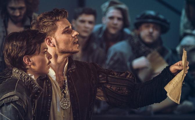 «Влюбленный Шекспир»: Московский путь с экрана на сцену