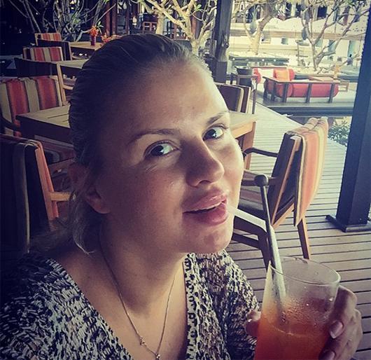 Анна Семенович не понравилась фанатам без макияжа