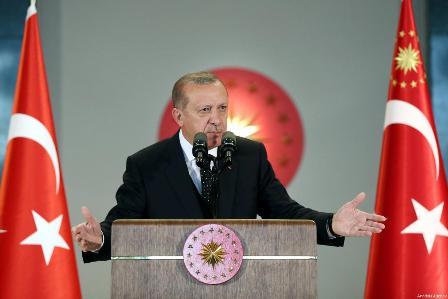 Эрдоган: США вооружают «террористов вСирии», анам оружие непродают
