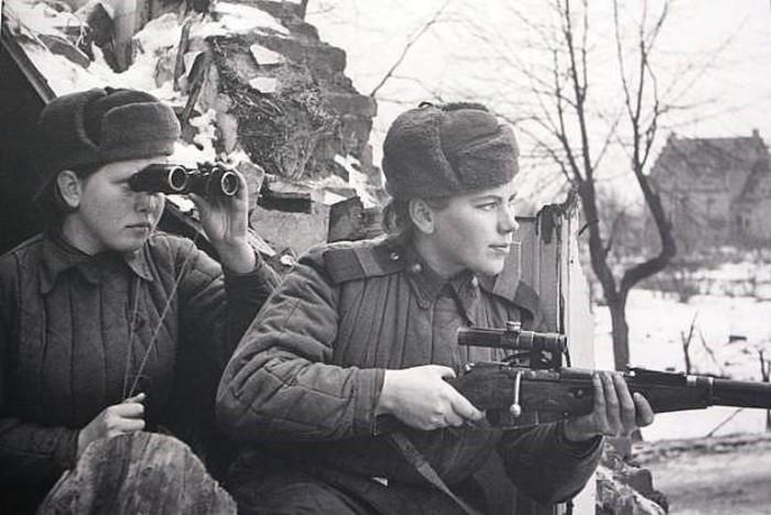 Личный фронтовой дневник Розы Шаниной,  красивой женщины и отличного снайпера