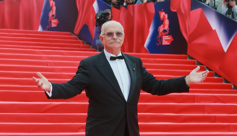 Михалков призвал ввести сбор за просмотр иностранных фильмов