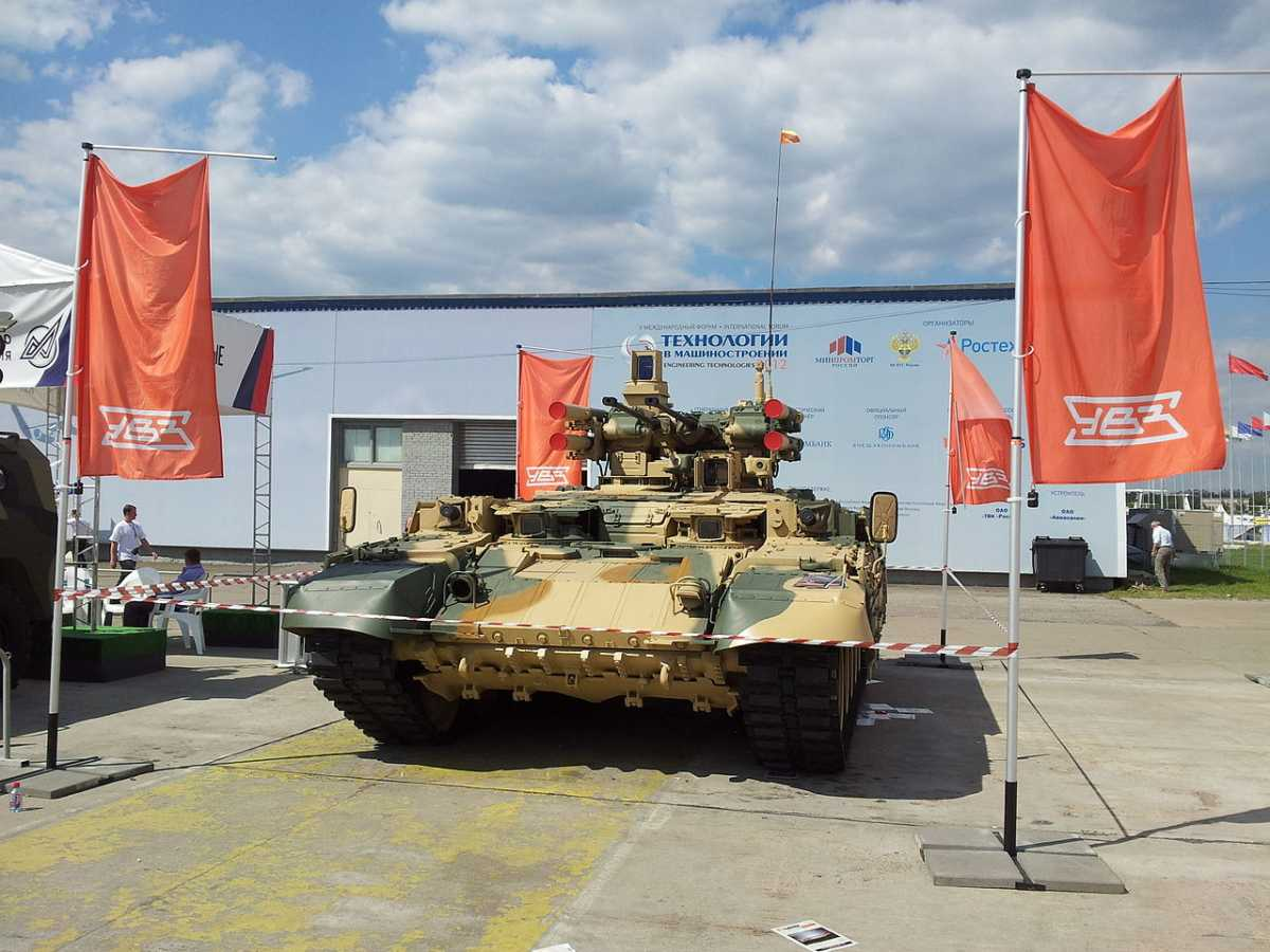 Не ждали: Россия вооружится «Терминаторами»