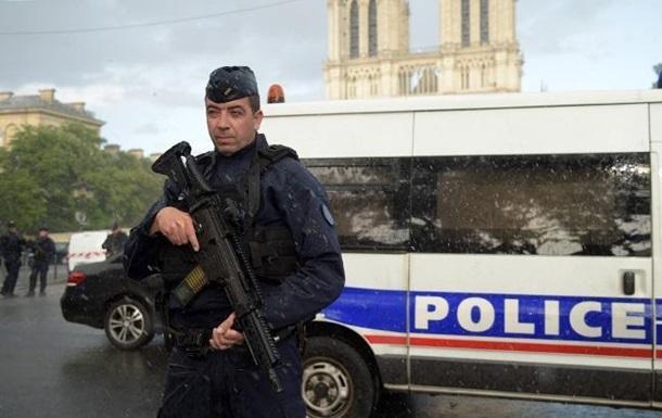 В Париже задержали более 20 чеченцев − СМИ