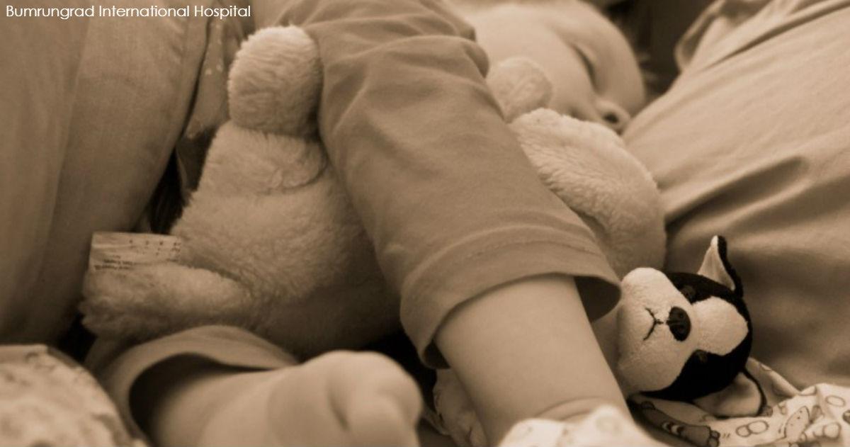 «Мой ребенок что-то не просыпается». Врач рассказал о лекарстве, которое нельзя давать детям