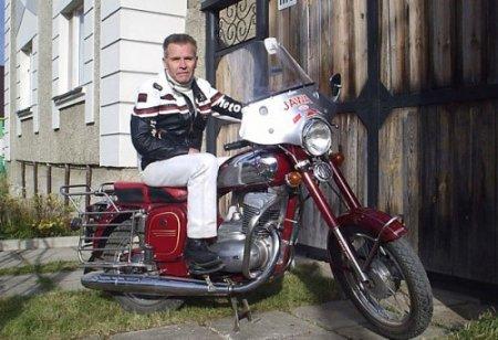 75 лет — не повод прощаться с мотоциклом - Фото 1