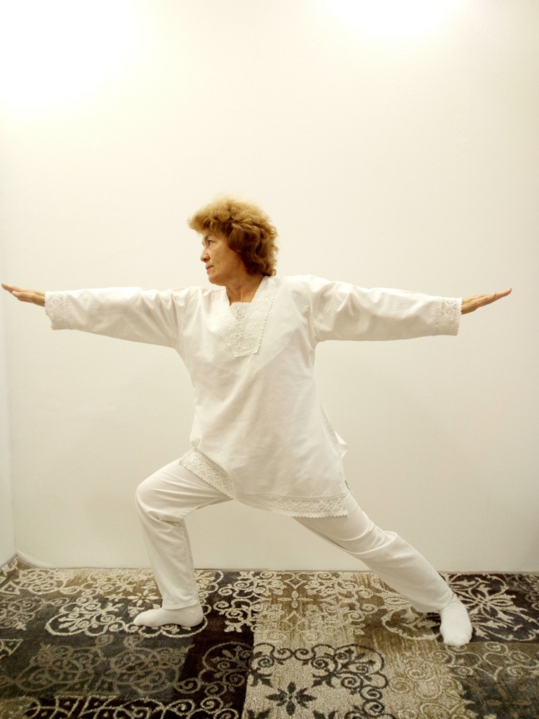 Польза и развитие для души и тела –  пенсионерка медитирует уже почти полвека. И рекомендует йогу всем!
