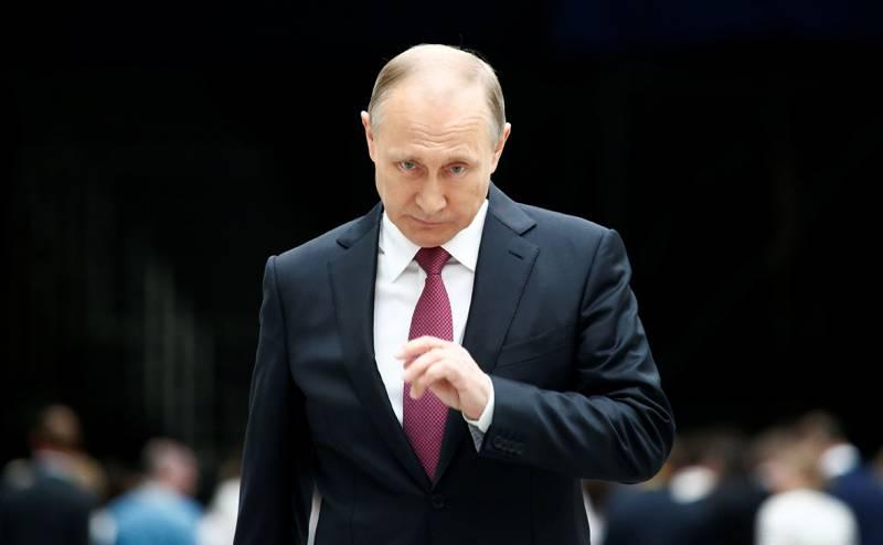 Золотой телец над Кремлём