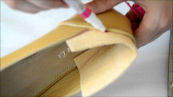 Что делать, если обувь велика? Как уменьшить обувь на размер?