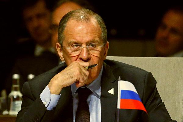 """Лавров потребовал от США ответа, на резкую активность """"неизвестных"""" вертолетов в Афганистане"""