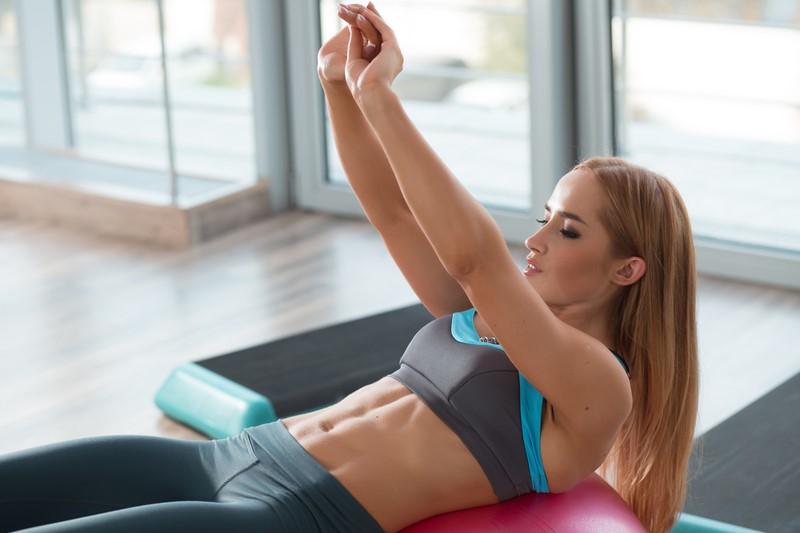 упражнение для живота и талии