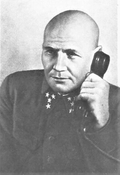 КОНЕВ ПРОТИВ МОДЕЛЯ. 1942 год.