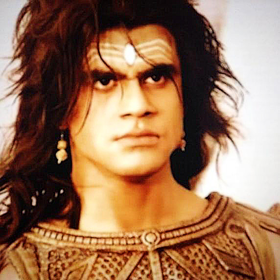 Персонаж Махабхараты - Ашваттхаман - жив до сих пор уже 5.000 лет: свидетельство очевидца