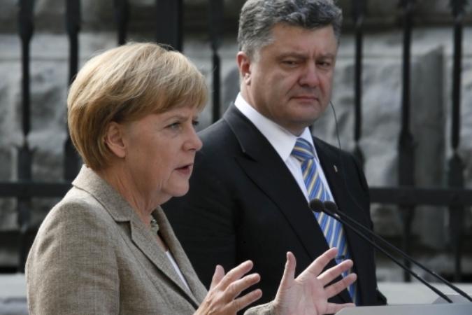 Донбасс: помощь Германии далеко, а России — рядом