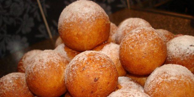 Рецепты пончиков: Пончики с варёной сгущёнкой
