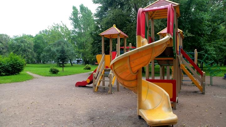 Школы и детсады пострадали из-за землетрясения под Челябинском