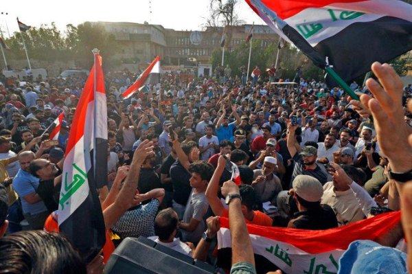 СМИ: Жертвами антиправительственных акций наюге Ирака стали 5 человек