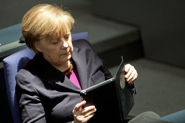 В руки Меркель попал докумен…