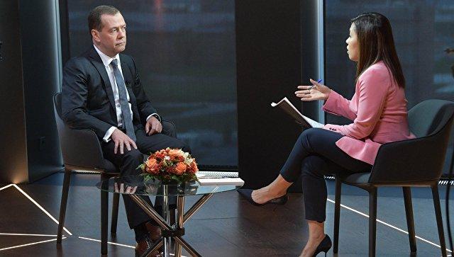 Медведев: Санкции США против российских банков-это объявление торговой войны