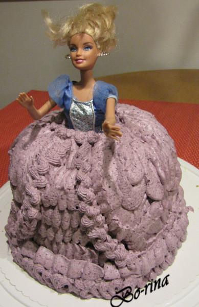 """Торт """"Барби""""  с ягодным кремом"""