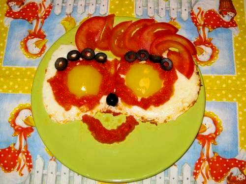 Яйца с помидорами по-гречески