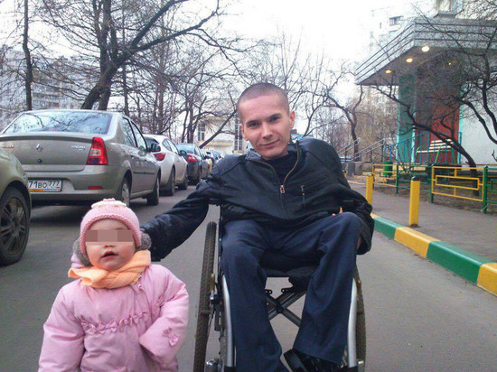 18-килограммового колясочника посадили за разбойное нападение на спецназовца