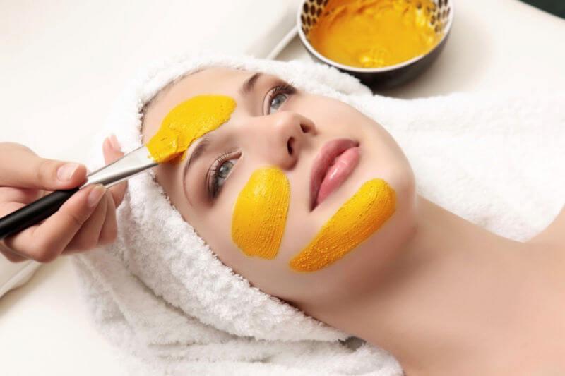 4 лучшие самодельные маски с куркумой для жирной кожи