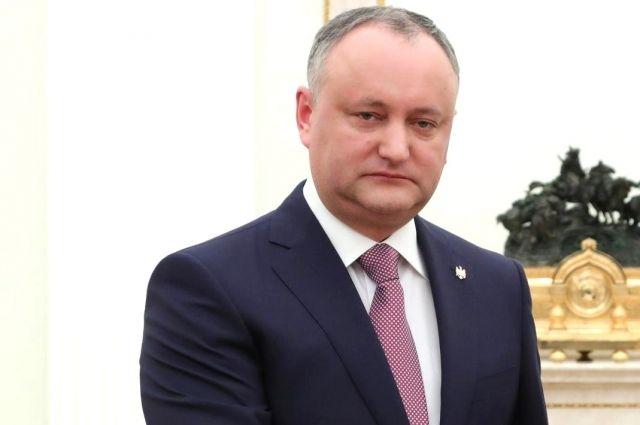 Додон связал обострение отношений с парламентом с избирательной кампанией