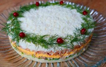 Вкуснейший салат на Новогодний стол! Такого салата всегда мало!