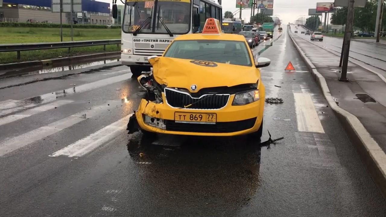 Суд разрешил страховщикам не платить таксистам по каско