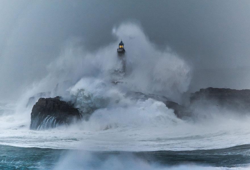 amazing-lighthouse-landscape-photography-24