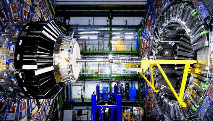 На Большом адронном коллайдере, возможно, обнаружен предвестник Новой физики