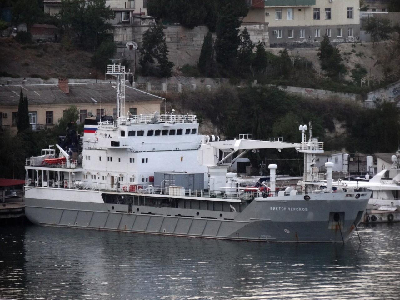В Севастополь прибыло опытовое судно «Виктор Чероков»