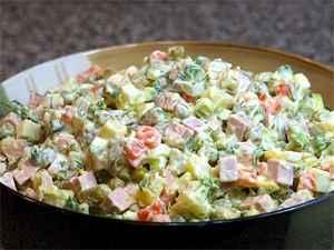 Зимний салат Оливье