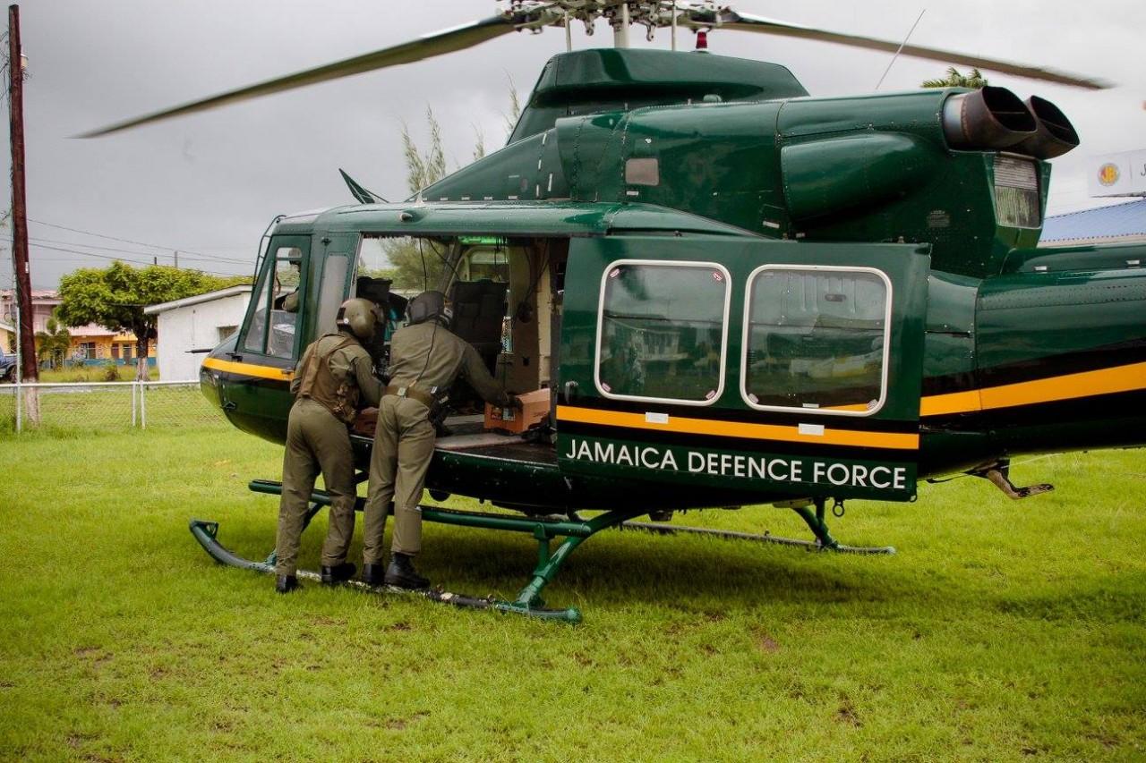 Силы обороны Ямайки заказывают новые вертолеты и самолеты