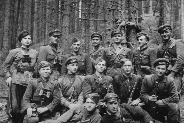 Забытые страницы истории.  Поляки в рядах НКВД