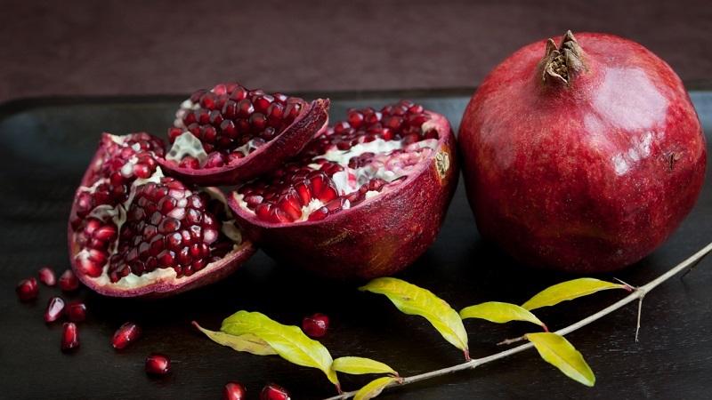 Подруга привезла из Азербайджана несколько сочных плодов… Приказала есть регулярно, чтобы сердце работало как часы.