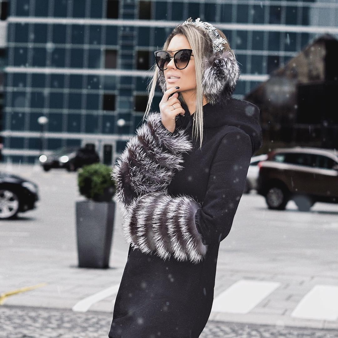 Пальто с капюшоном — тренд нового сезона: 17 стильных доказательств