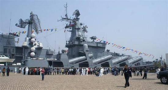Китайские СМИ недоумевают, почему вторым флотом в мире считается российский, а не китайский