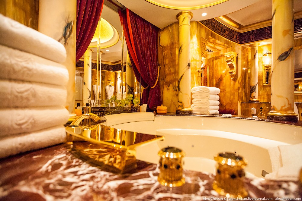 BurjAlArab38 Золото для шейхов и олигархов: самый дорогой номер в семизвездочном отеле Burj Al Arab