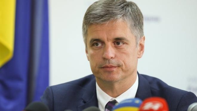 Главе МИД Украины посоветовали утверждать свое пустословие у Зеленского