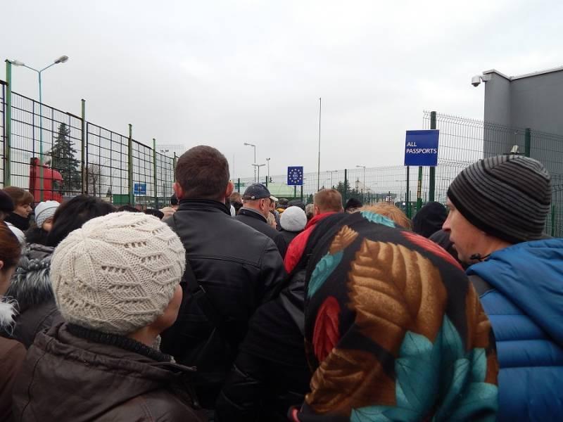 Депопуляция Украины приобрела необратимые черты. Целуйте рельсы: в Киев едет делегация НАТО