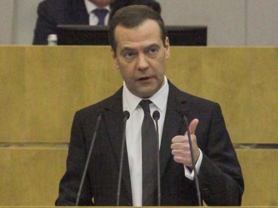 Медведев: изменения пенсионной системы согласованы обществом