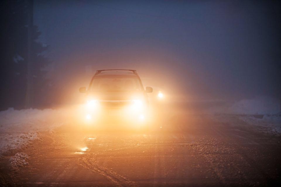 Лайфхак — как избежать ослепления светом фар встречного автомобиля